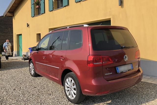 画像: 目下ジャンパオロさんは、VWラインナップにおけるミニバンモデルの電動車充実を願っている。