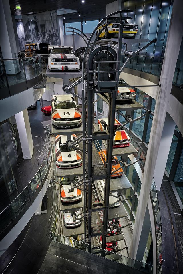 画像2: Audi museum mobileが20周年