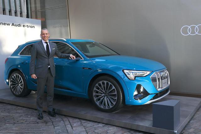 画像1: 「Audi e-tron 50 quattro」を追加発売