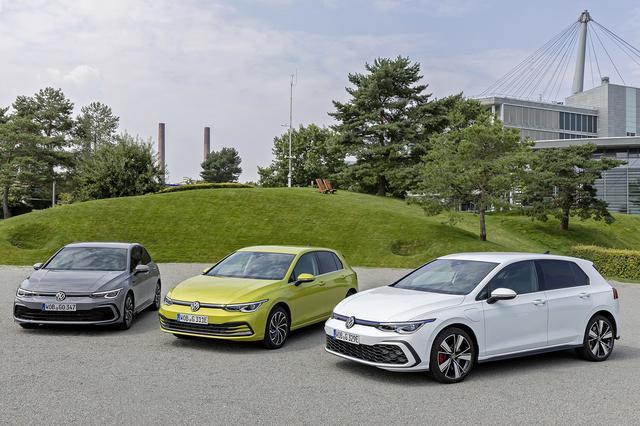 画像: 写真は左からゴルフ 1.5 eTSI、ゴルフ eHybrid、ゴルフGTE