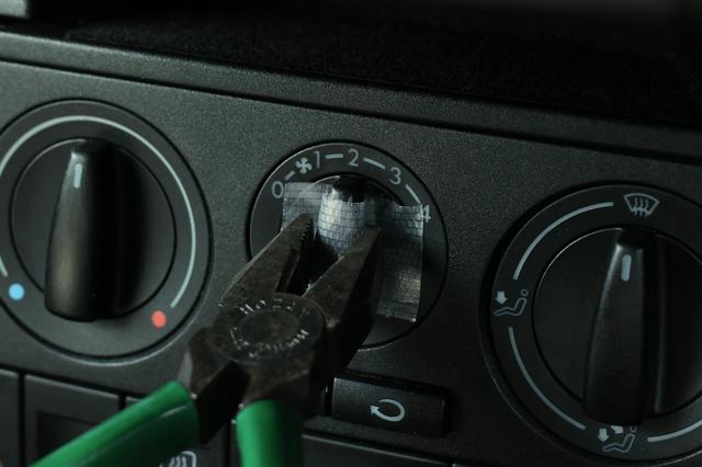 画像3: 【Lupo GTI】エアコンパネルのイルミが点かなくて
