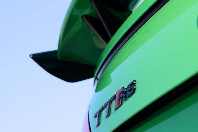 画像1: 【ミニ試乗記】Audi TT RS Coupe