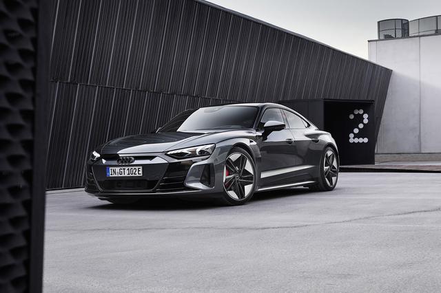 画像1: Audi RS e-tron GT