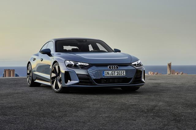 画像1: Audi e-tron GT quattro