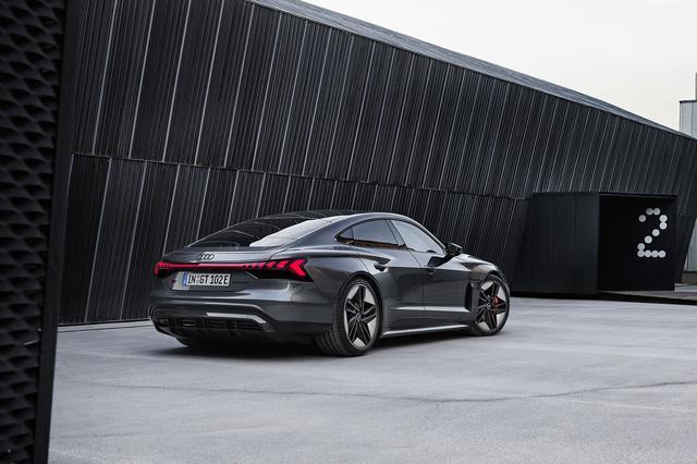 画像2: Audi RS e-tron GT