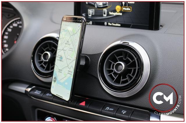 画像2: Audi A3 (8V)