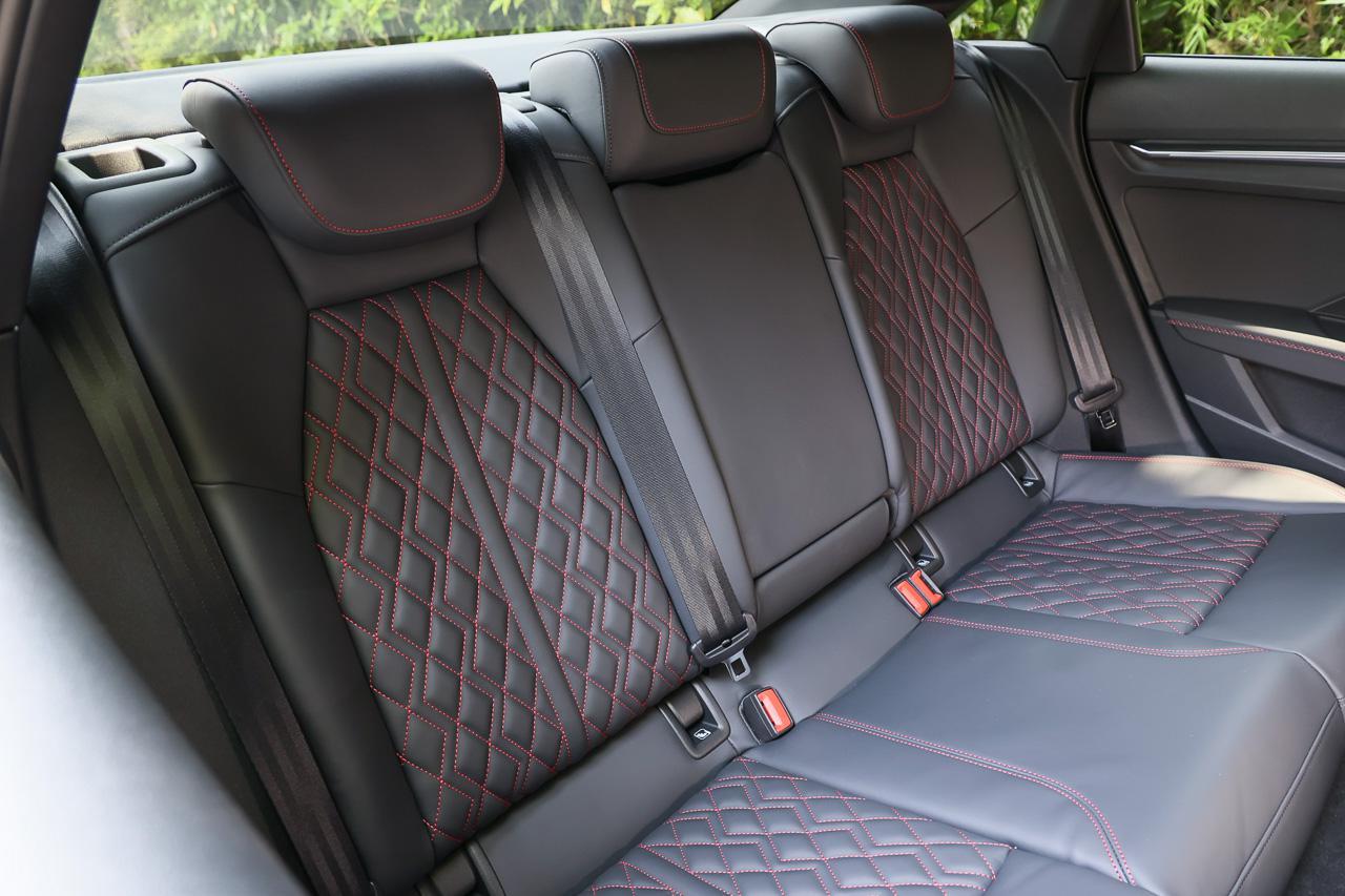 画像8: 【ミニ試乗記】Audi S3 Sedan