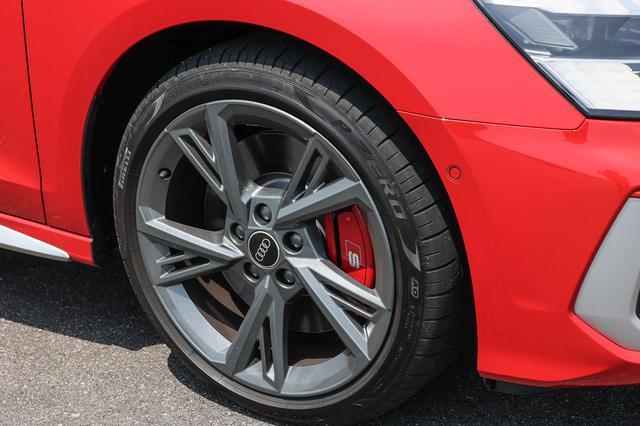 画像2: 【ミニ試乗記】Audi S3 Sedan