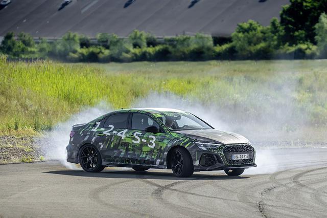 画像: 新型Audi RS 3 Sedan prototype