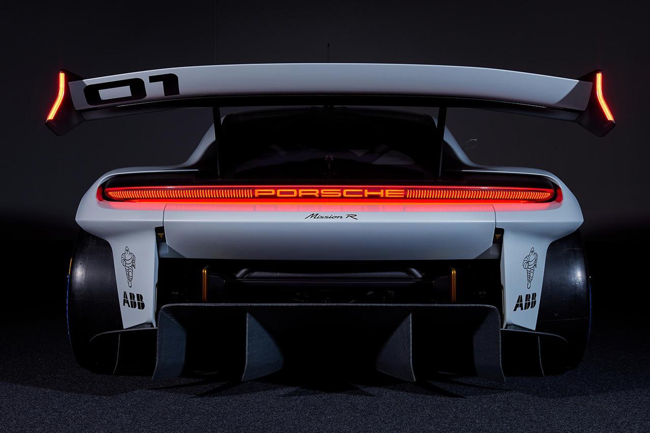 画像4: ポルシェがコンセプトカー「Mission R」を発表