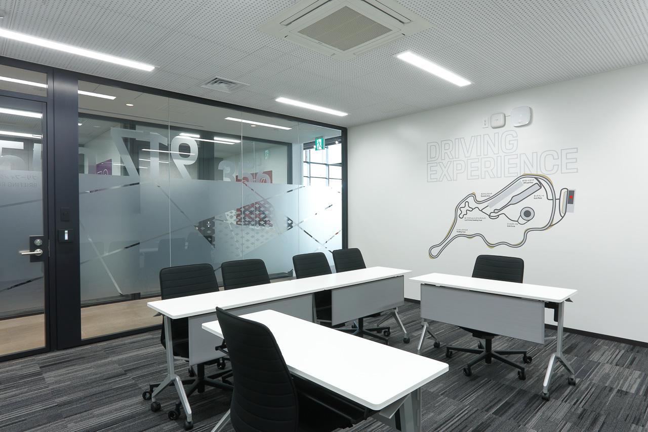 画像21: 「ポルシェ・エクスペリエンスセンター東京」がオープン