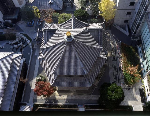 画像: まさに六角形の六角堂