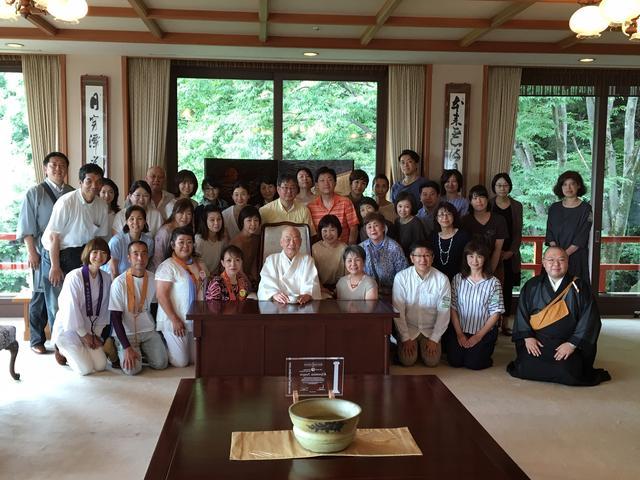 画像: 迎賓室にて、清水寺のご住職・森 清範貫主による特別法話をお聴きしました。