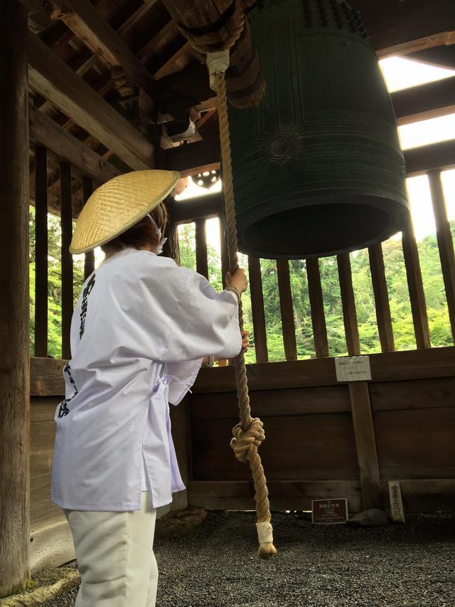 画像: 三井の晩鐘をつかせていただきましたよ。