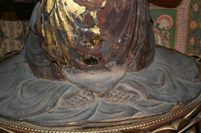 画像: 秋の特別拝観 観音様の足の裏を拝する会|三室戸寺