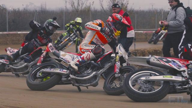 画像: Insane footage of Marc Márquez, Jared Mees, Brad Baker practicing in Spain youtu.be