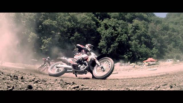 画像: FEVHOTS 2014 Flat Track Shootout youtu.be