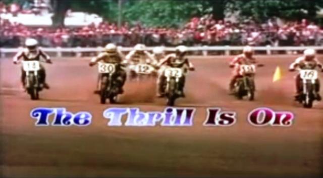 画像: 「ワイルド・エンジェル」の後に名画「イージーライダー」が生まれたように、「The Thrill Is On」があったから「栄光のライダー/On Any Sunday」が生まれた・・・? D.アルダナは鈴鹿8耐参戦の経歴もあるので、日本のロードレースファンの方にはおなじみかもしれませんね。 rideapart.com