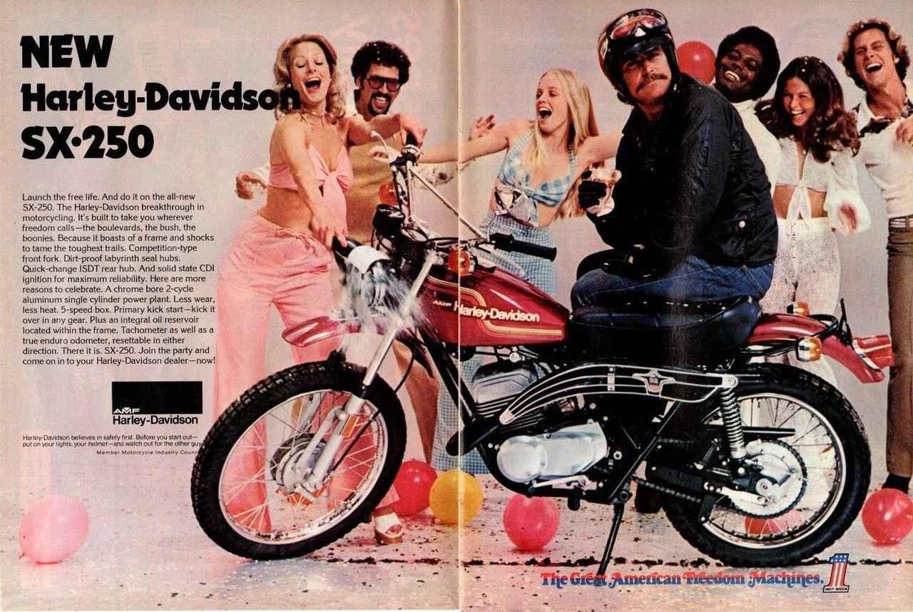 Images : 4番目の画像 - Aermacchi Harley Davidson MX250 - LAWRENCE - Motorcycle x Cars + α = Your Life.
