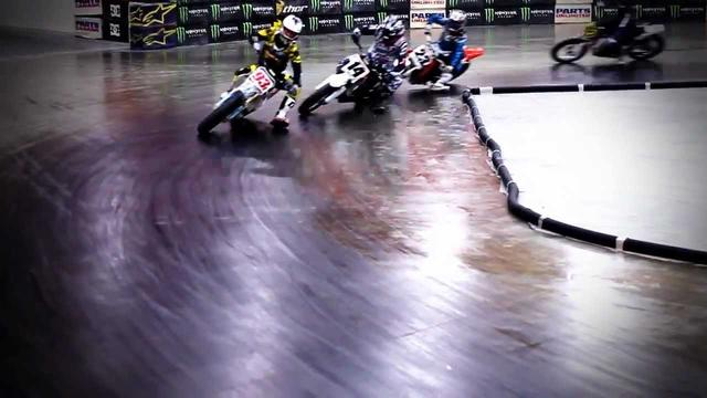 画像: Las Vegas Gene Romero Indoor Flat Track Race at South Point Arena youtu.be