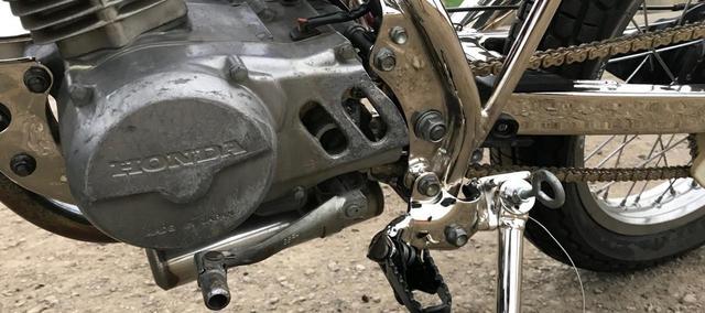 画像: [Flat Track Friday!!] ネジのユルミはココロのユルミ?高回転域を多用するダートトラックならではの走行毎チェックを習慣づける! - LAWRENCE - Motorcycle x Cars + α = Your Life.