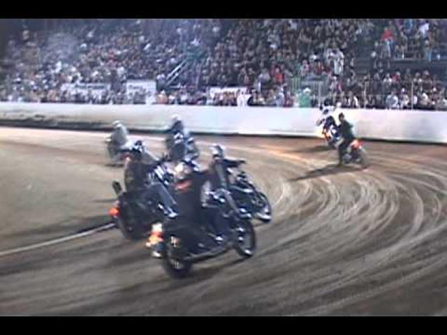 画像: Harley, crash and fire during the 2012 Harley Races at Costa Mesa Speedway youtu.be
