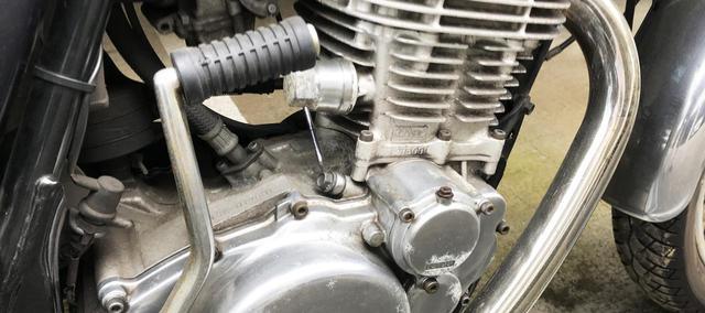 """画像: [Flat Track Friday!!] 名車を軽めにどう弄る!?日本が誇るヤマハ・SR400で """"本格エントリーマシン(大)"""" をバババっと作ろう! - LAWRENCE - Motorcycle x Cars + α = Your Life."""