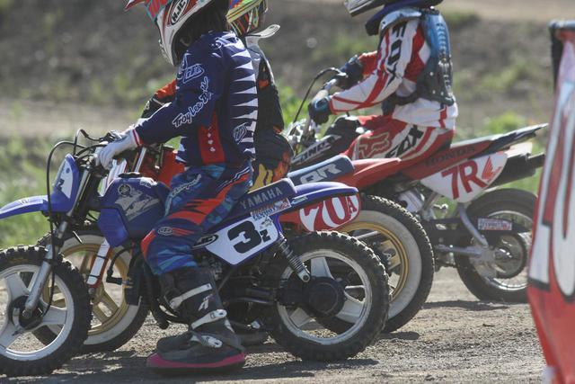 画像: [Flat Track Friday!!] 息子たちは希望。娘たちは未来。これからのダートトラックレーシングは世代を超えて楽しみたい! - LAWRENCE - Motorcycle x Cars + α = Your Life.