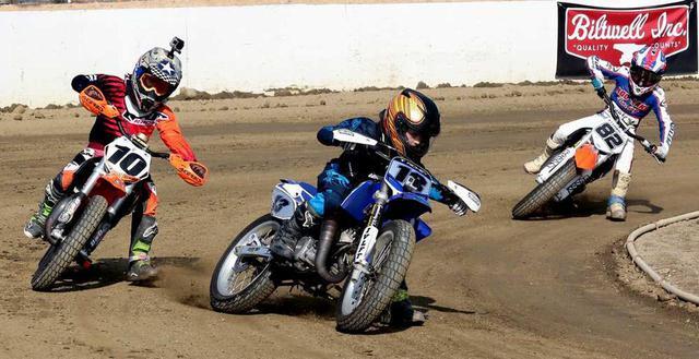画像: [Flat Track Friday!!] 我が子と共にダートトラックライディングをスタートするには何から乗せれば?とのご質問を頂戴しました! - LAWRENCE - Motorcycle x Cars + α = Your Life.