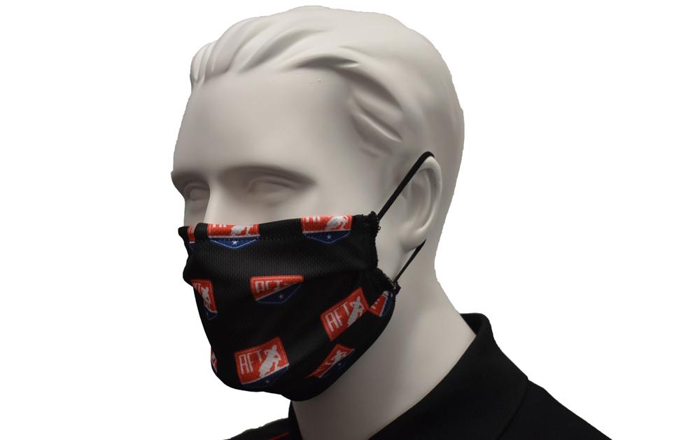 画像: マスクにだってロゴ入れて商材にしちゃうんだな!※但し医療用グレード並の性能は一切有しておりません。