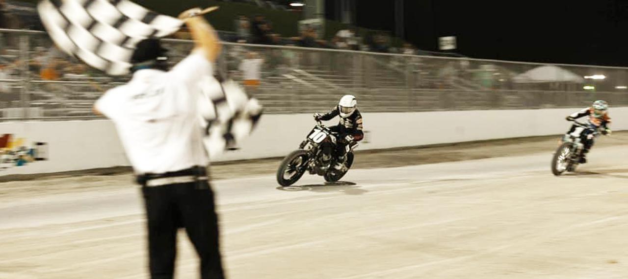 画像: [Flat Track Friday!!] 2気筒市販車カテゴリー初優勝!滑り出し快調?な世界最古参級モーターサイクルカンパニーの今後に期待大! - LAWRENCE - Motorcycle x Cars + α = Your Life.