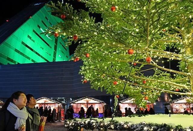 画像: 華やかクリスマス気分/アスパムで前夜祭|観光・イベント|青森ニュース|Web東奥