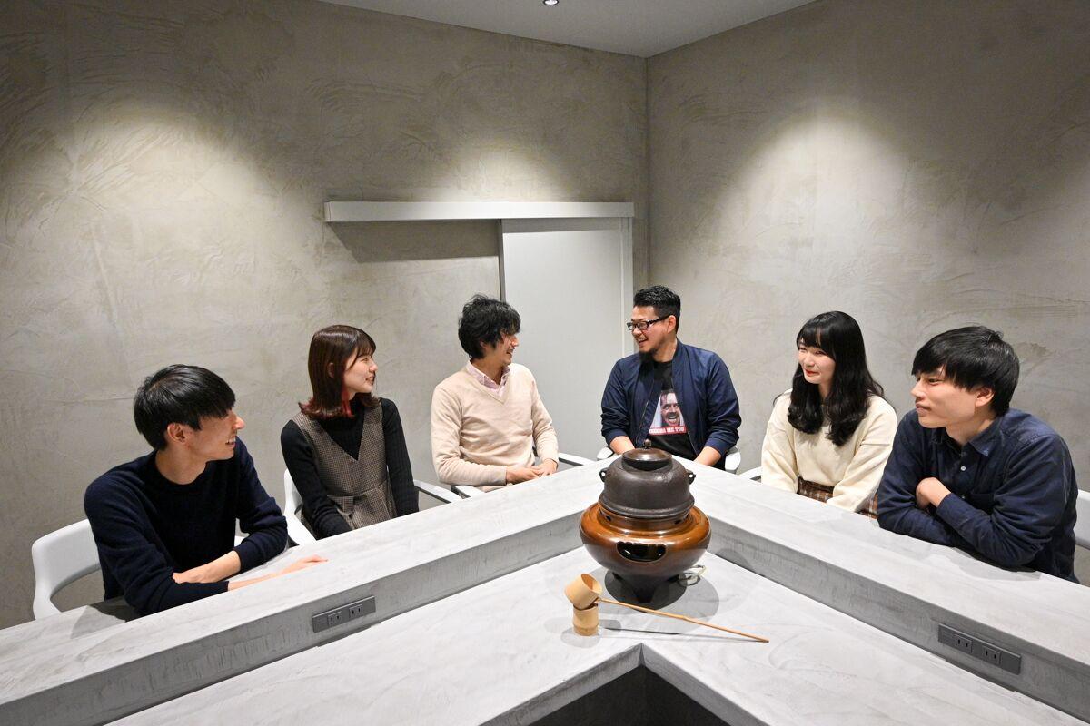画像: 社内にある茶室