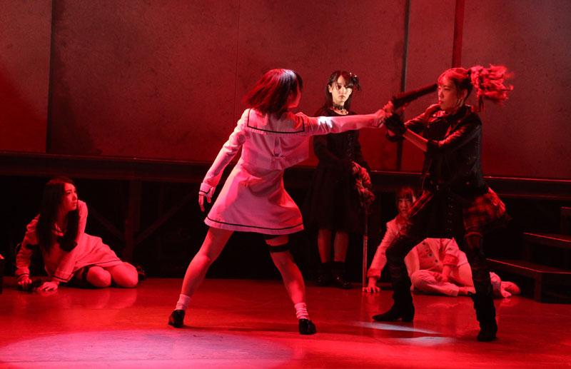 Images : 10番目の画像 - 「舞台『続・魔銃ドナー~アーティフィシャル ダイアリシス~』、アクション満載で上演中」のアルバム - Stereo Sound ONLINE