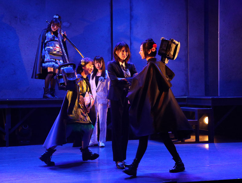 Images : 1番目の画像 - 「舞台『続・魔銃ドナー~アーティフィシャル ダイアリシス~』、アクション満載で上演中」のアルバム - Stereo Sound ONLINE