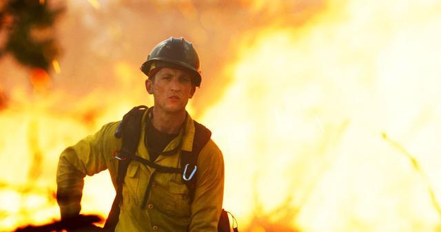 画像: 【コレミヨ映画館vol.8】『オンリー・ザ・ブレイブ』 森林大火災に立ち向かう民間消防隊の気骨と友情を描く滋養溢れるドラマ!