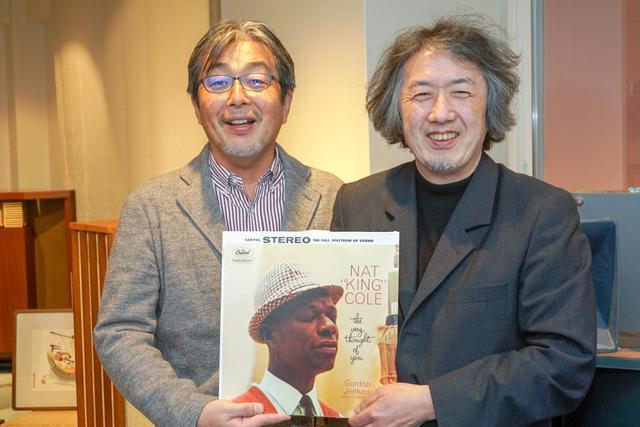 画像: 音楽評論家 高橋健太郎さん(右)とオーディオ評論家 山本浩司さん(左)。写真は第1回のもの