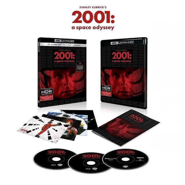 画像: The premium packaging includes a collectible booklet and art cards featuring iconic images from the film