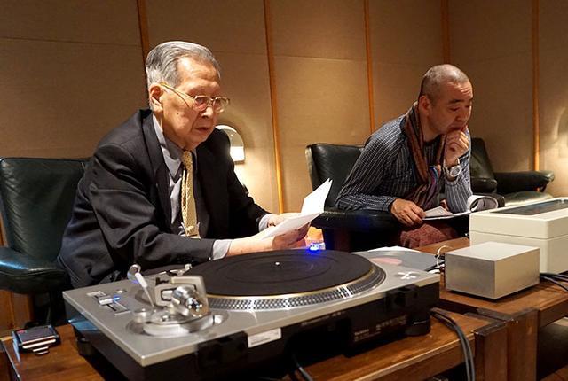 画像: 筆者は新 忠篤氏(左)と佐藤隆一氏(右)が担当