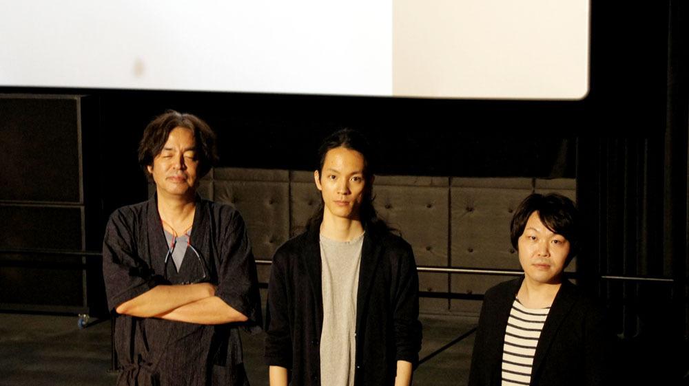 画像: 写真は左から、音響監修した岩浪さん、シネマシティの映写クルーの雨宮さん、シネマシティの遠山さん