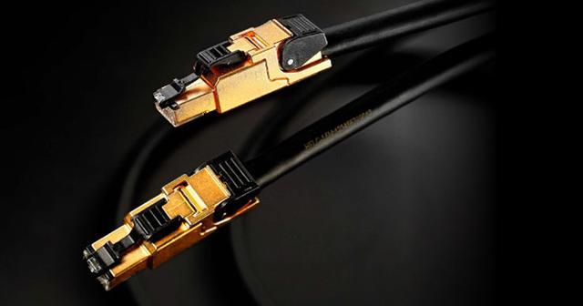 画像: ネットワークサーバー「fidata」用LANケーブル「HFLC」シリーズ3モデル。年内に発売。1.5mで6.2万円