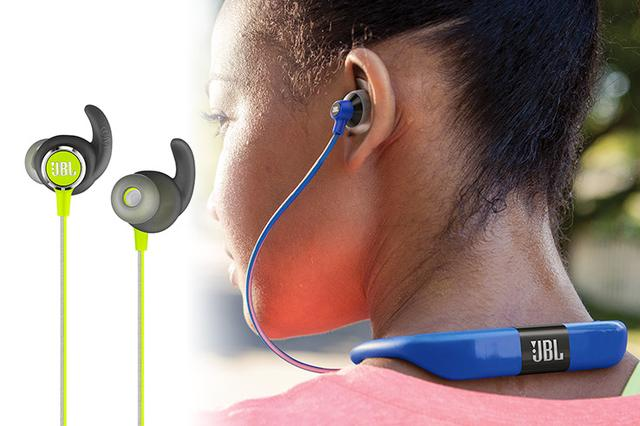 画像: JBLのスポーツ向け防滴Bluetoothイヤホン「REFLECT MINI 2」「REFLECT FIT」。FITは心拍センサー内蔵