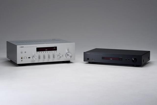 """画像: ヤマハのアンプ内蔵ネットワークレシーバー「R-N803」は、迷わず自動音場補正機能を""""オン""""に。音の鮮度がまるで違う"""
