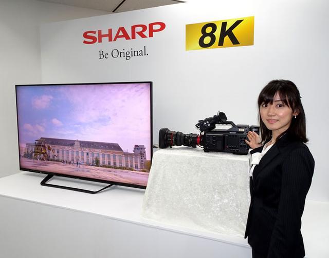 画像: シャープ、破格の業務用8Kカムコーダー「8C-B60C」、12月に880万円で発売。8Kを核に新たな映像体験の提供を強化