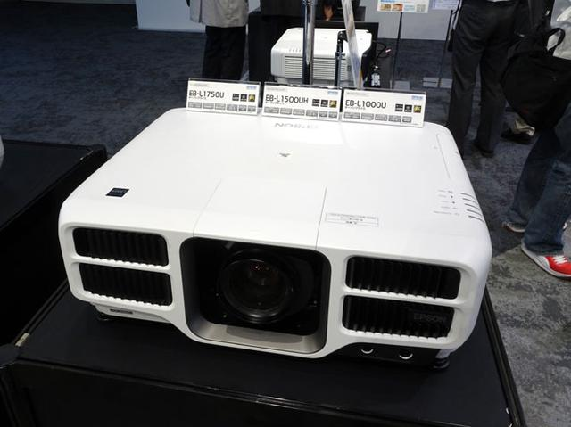 画像: エプソン、レーザー光源を採用し明るさを大幅に向上させたビジネス用4k対応プロジェクター「EB-L1755U」ほか全8モデル発表