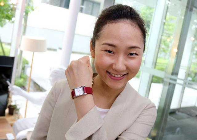 画像: ソニー、スマート機能を内蔵した腕時計用リストバンド「wena wrist leather」を12月より発売