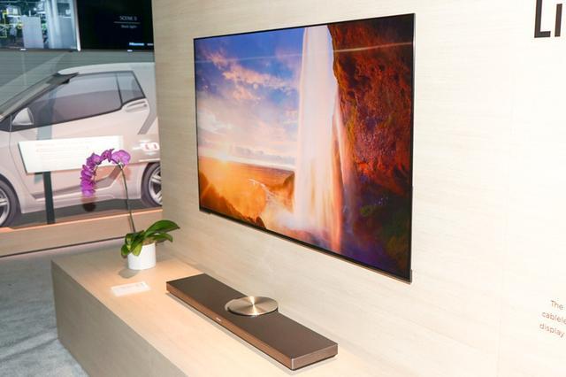 画像: 【CES2018速報まとめ16】スカイワース、ハイセンスのバラエティ豊かな有機EL/液晶テレビ。超短焦点4Kプロジェクターも