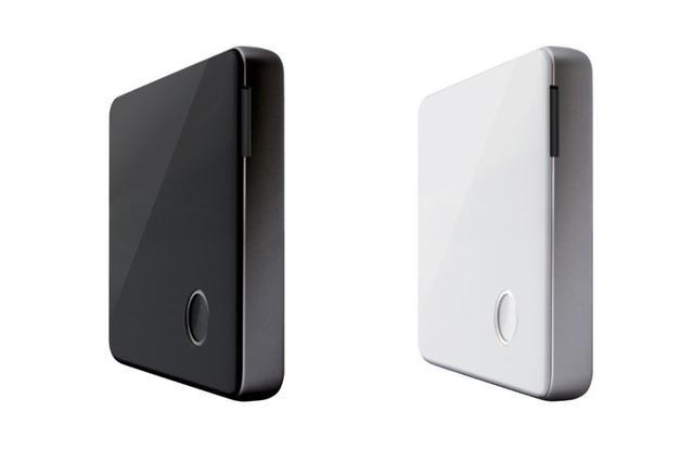 画像: ラディウス、iPhoneで4K動画を再生! カードリーダー「RW-WPS01」、11/30より発売