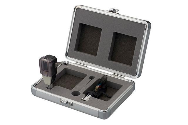 画像: オルトフォン、アナログカートリッジ専用アルミケース「SCK-2」を8,000円で発売。ヘッドシェルを2個収納可能