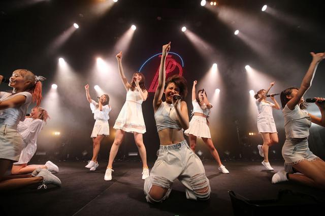 """画像: 東京パフォーマンスドール/""""赤の流星""""の新曲や橘二葉の振り付け曲も。TPDファミリーの総力を結集したライヴ第2弾"""